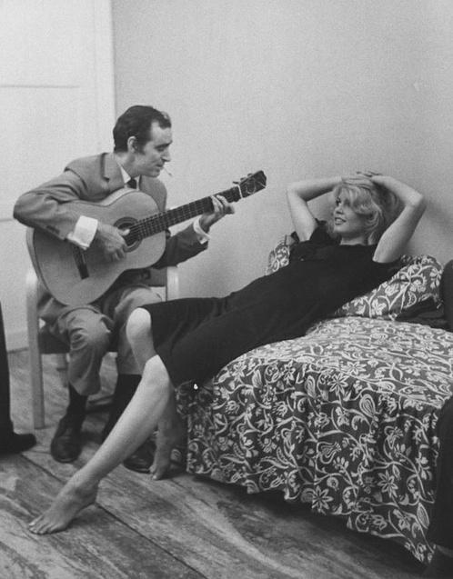 Brigitte Bardot, Charles Aznavour